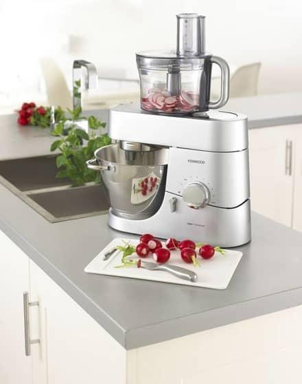 roboty-v-kuchyni-3